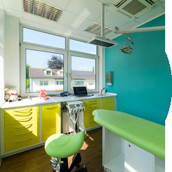Behandlungszimmer & Praxisräume beim Kinderzahnarzt